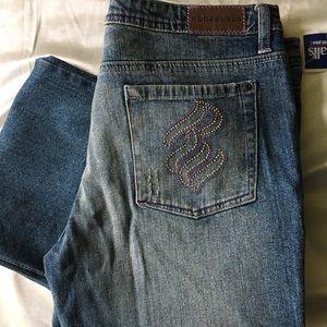NWT Rocawear distressed denim jeans